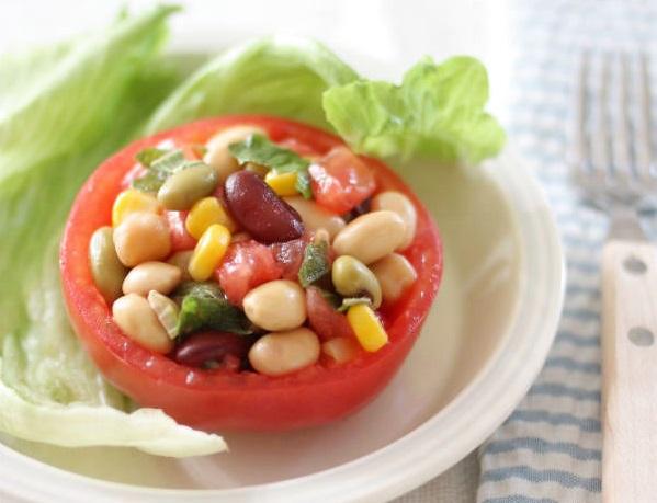 「サラダに!まめ」を使用したレシピ(お豆のトマトカップサラダ)