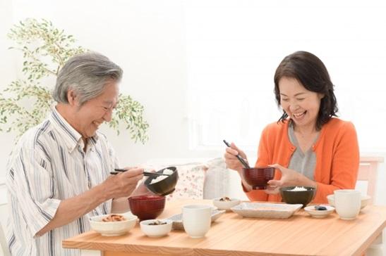 シニアが求める新商品開発のポイントは何か?高齢者向け「介護食」市場の将来は?