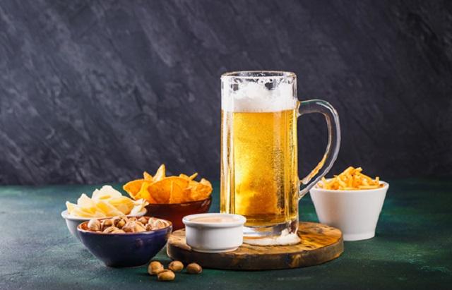お酒のおつまみの市場動向を詳しく解説