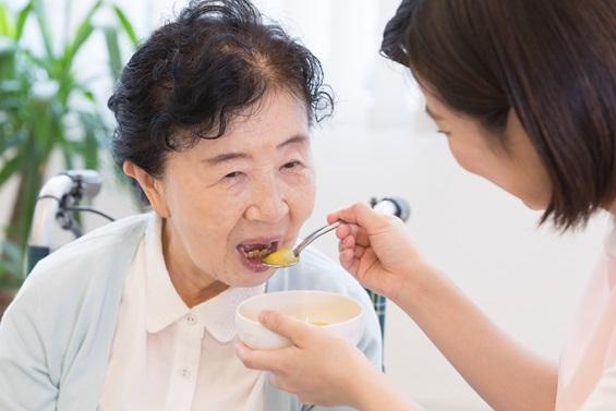 シニア向け介護食の市場が拡大しつつある3つの背景