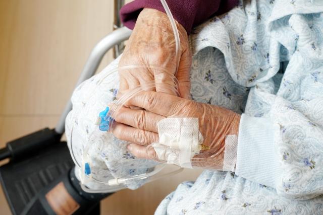 日本で栄養失調? 高齢者で増加する「低栄養」