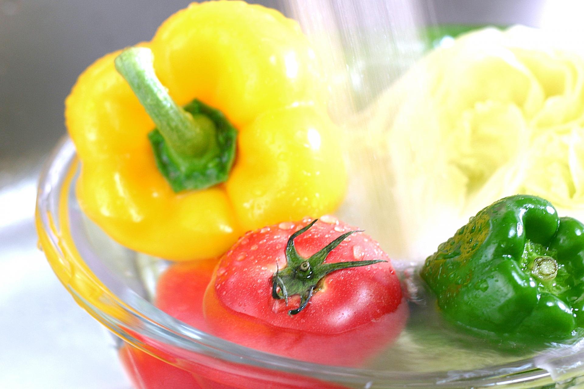どうして野菜を1日350g食べるのか。そもそも野菜と果物の違いとは?